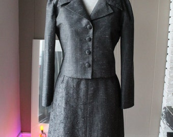 60s Suit Jacket and Skirt Gray Shantung Silk Suit Jackie O Oriental silk embroidered tailor made a-line skirt cropped jacket