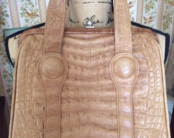 Vintage 1950s 1960s Handbag Purse Faux Leather Embossed Tan/Light Brown One Main Compartment & One Inside Large Slip Pocket
