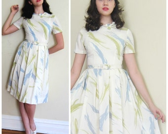 Vintage 1950s Day Dress with Paint Brush Pastel Print  / 50s Short Sleeved Rayon Dress in Ivory, Blue and Green / Small