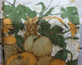 Vintage  Fallani & Cohn Linen Tea Towel, Warm Harvest Colors, Rustic Fruit Theme Towel, All Linen, Retro 1970s Kitchen, Wheat