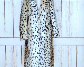 Vintage faux fur leopard print winter coat/chunky animal print fur jacket/large/xlarge