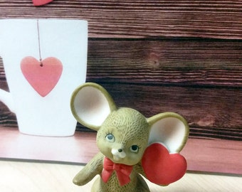Adorable Lefton Mouse with Heart