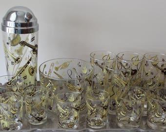 Vintage Hazel Atlas Cold Painted Bar Glasses/Shaker/Ice Bucket Musical Instrument Motif 1950s Vintage Hazel Atlas Barware Set Cocktail Set