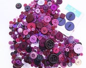 300+ Purple Buttons - SHIPS for 1.00 ! Medley collection of vintage + New buttons in various sizes. Perfect for sewing + paper crafting.