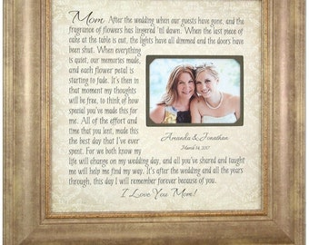 Wedding Picture Frame Mother of the Bride Gift, Parents Thank You Mom Wedding Frame, wedding cake topper, mr mrs wedding decoration, 16 X 16