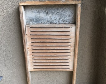 Primitive Antique Washboard Heavy Wash Board ~ #D2087.2