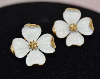 Vintage 1960s Dogwood Clip-On Earrings with White Enamel in Gold Metal by Trifari