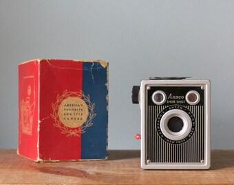 Vintage 1940's Art Deco Ansco Shur Shot Box Rollfilm Camera in Original Box