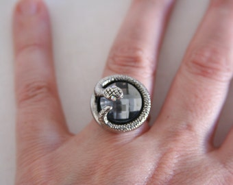 Snake Ring Bling Ring Serpent Faceted Jewel 3D Ring - made with a jeweled button