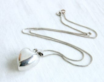Heart Necklace Chime Pendant Vintage Sterling Silver Harmony Bell 18 Inch Box Chain Romantic Gift
