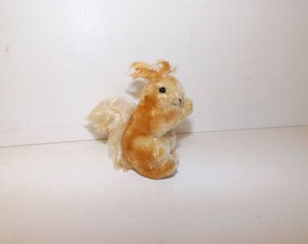 Vintage 1970s small Steiff squirrel Possy mohair straw filled soft toy with button