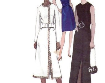 1970s VOGUE 7918 Formal Evening Dress slit A-line Tunic Vintage Paper Pattern Size 12 Bust 34 1970s