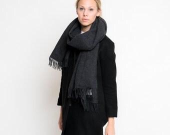 merino scarf - dark grey