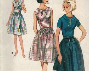 PATTERN Butterick 3819 Dress with round notched neckline or collar fitted bodice with/out sleeves and full skirt Size 16 Vintage