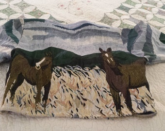 Lovely Southwest Canyon jacket Size M cotton Polyester  horses in field lovely colors.