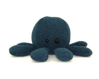 Ike Octopus Plush