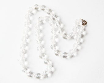 Vintage clear crystal glass necklace with pearl beads