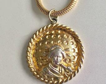 Vintage Trifari Medallion, Rare Asian Inspired Necklace, Patent Pending Trifari Choker, gold tone pendant