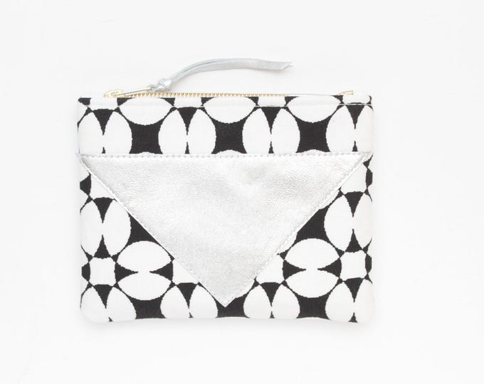 Cotton pouch-natural leather pouch-monochome-black and white prints-make up bag-cosmetic purse-bag organizer-small purse /SPLASH 74