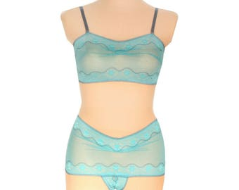 Panty Lingerie  - Turquoise Dream  // Undies in playful French Lace handmade of Fransik