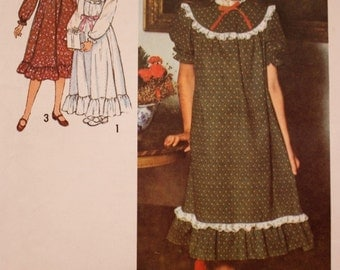 Girls Prairie Dress Sewing Pattern /Simplicity 8807/Boho 1970s/ Uncut