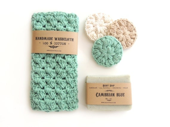 Valentines day gift set,, soap, homemade soap, washcloth, Gift for Her, birthday Gift, gift for Girlfriend, Handmade soap, gift for wife,