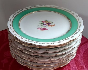 Set of 9 vintage side/tea plates - 1940s/50s - Green & Gold with flowers