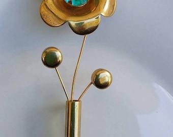 Vintage large gold tone flower brooch pin