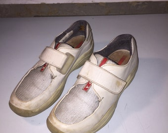 PRADA vintage futuristic light grey sneakers size 38.5