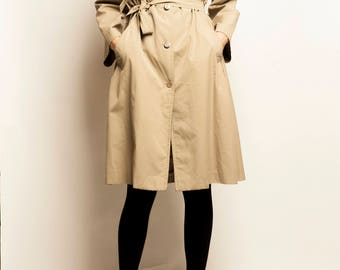 Pierre Cardin 1970's beige trench coat