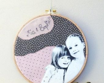 Custom Portrait in embroidery hoop XL/ children portrait / couple portrait / wedding portrait / family portrait / embroidered