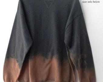 Sweatshirt  Gray Crewneck Sweatshirt Gray sweatshirt, Dip Dye sweatshirt, Crewneck sweatshirt, Boho Sweatshirt, Acid wash Sweatshirt Grunge