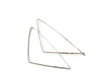 Triangle earrings in sterling silver. Geometric earrings, handmade earrings. Sterling silver triangle hoops. Minimalist style earrings.2017