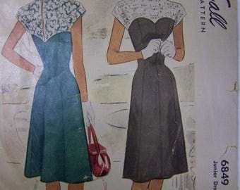 Rare Vintage 1940s McCall 6849 Junior DRESS Pattern Size 9 bust 28 COMPLETE