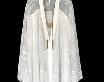 Off white chantily style lace Kimono jacket, lined robe, short length