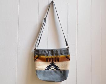 Waxed Canvas Crossbody Bag with Rancho Arroyo Pendleton® Fabric / Zippered Purse / Messenger Bag