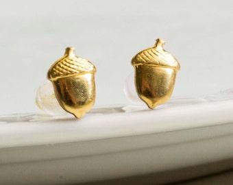Nut earrings