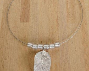 Silver Leaf Hoop Necklace