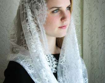 Evintage Veils~ Cream White Spanish  Lace Chapel Veil Mantilla Infinity Veil Latin Mass