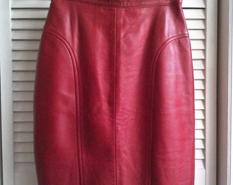 Vintage Deja Vou Designs Red Leather Pencil Skirt