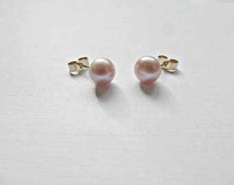Pink pearl earrings, Blush freshwater pearl earrings, 9ct gold pearl earrings, Pink pearl 9ct studs, Blush pearl studs, Made in the UK