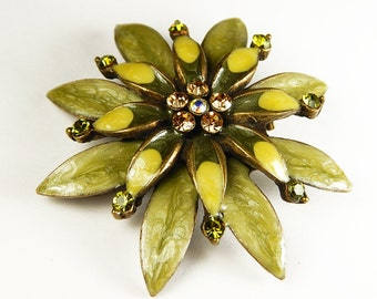 Vintage Enamel And Rhinestone Flower Pin Brooch Pendant - Vintage Jewelry - Vintage Accessories