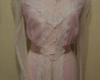 size 8 EDWARDIAN GOWN With Matching HAT Susan Lanes Country Elegance Edwardian wedding dress Victorian wedding dress