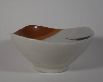 Mid Century Modern Amoeba Shaped Nut Bowl