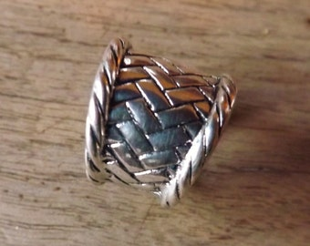 Sterling silver ring, interlaced, 1970s vintage Balinese jewelry