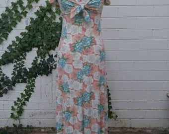 1970's Pastel Rose Motif Maxi Dress w/Matching Shrug, SM