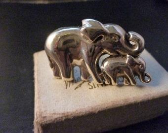 "Beautiful sterling silver Elephant brooch - 925 - 1.5"" x 0.8"""