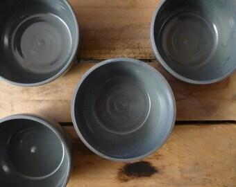 Grey/blue bowl, wheelthrown 10 cm - for dessert, snacks, tapas