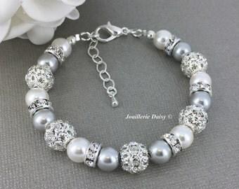 Swarovski Jewelry Pearl Bracelet Grey and White Bracelet Bridesmaid Bracelet Bridesmaid Gift on a budget Maid of Honor Gift Wedding