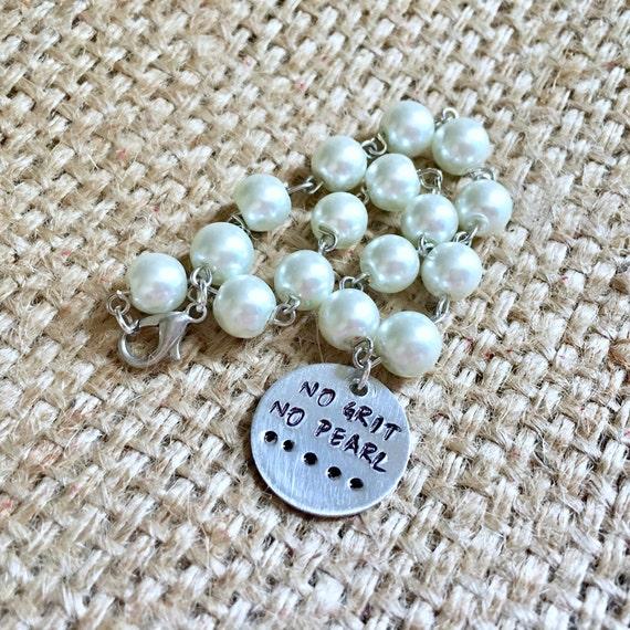 No Grit No Pearl Bracelet, Pearl Bracelet, Quote Bracelet, Stamped Bracelet, Quote Pearl Bracelet, Cowgirl Bracelet, Hand Stamped Jewelry